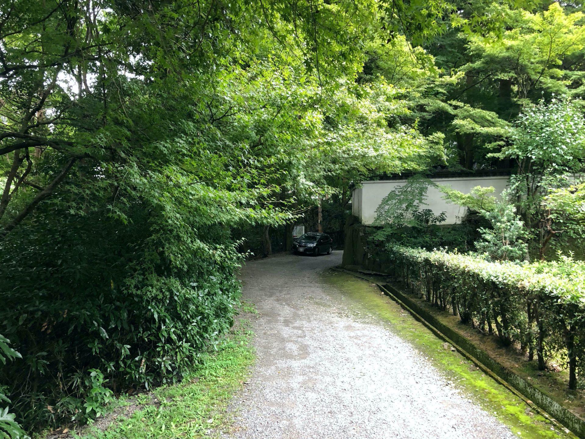 日本最初稲荷神石社までの道4