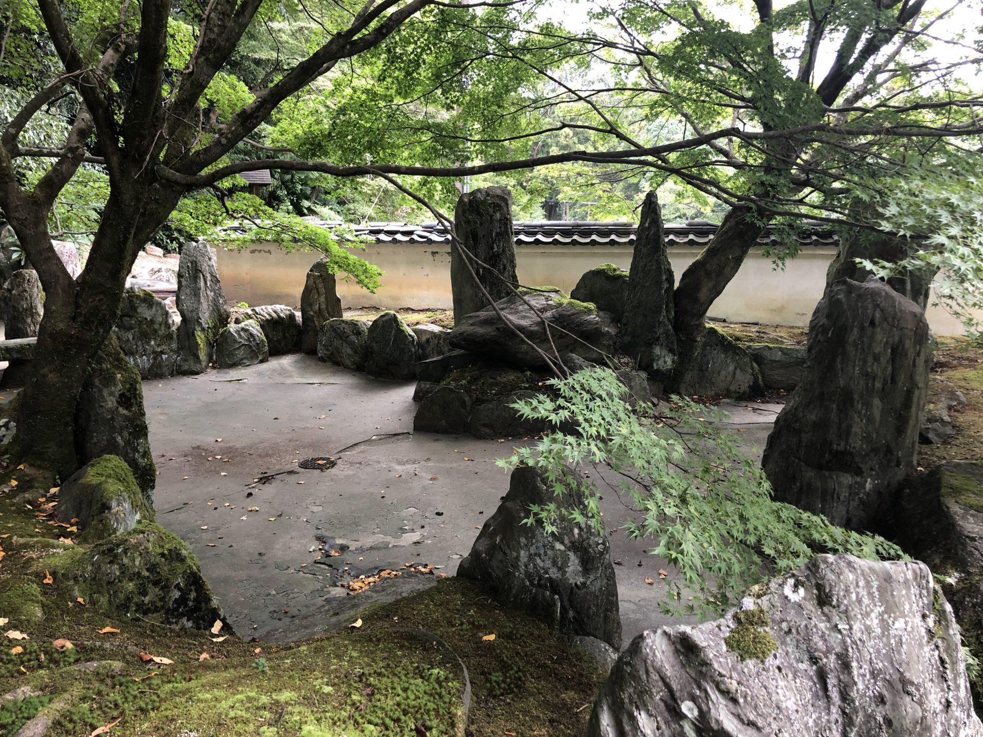 池泉式庭園「遊仙苑」