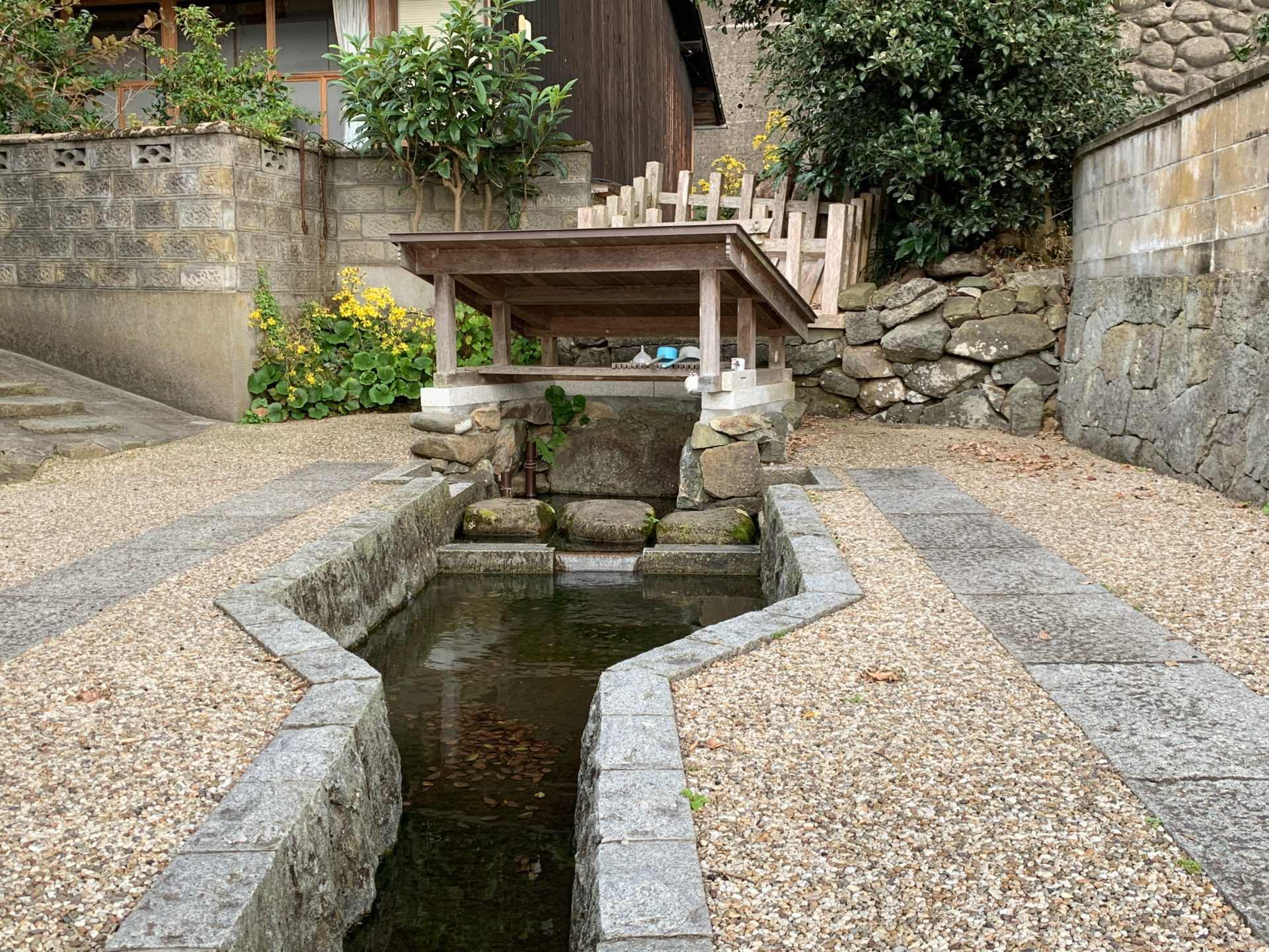 出雲大社境外の御霊水「真名井の清水」