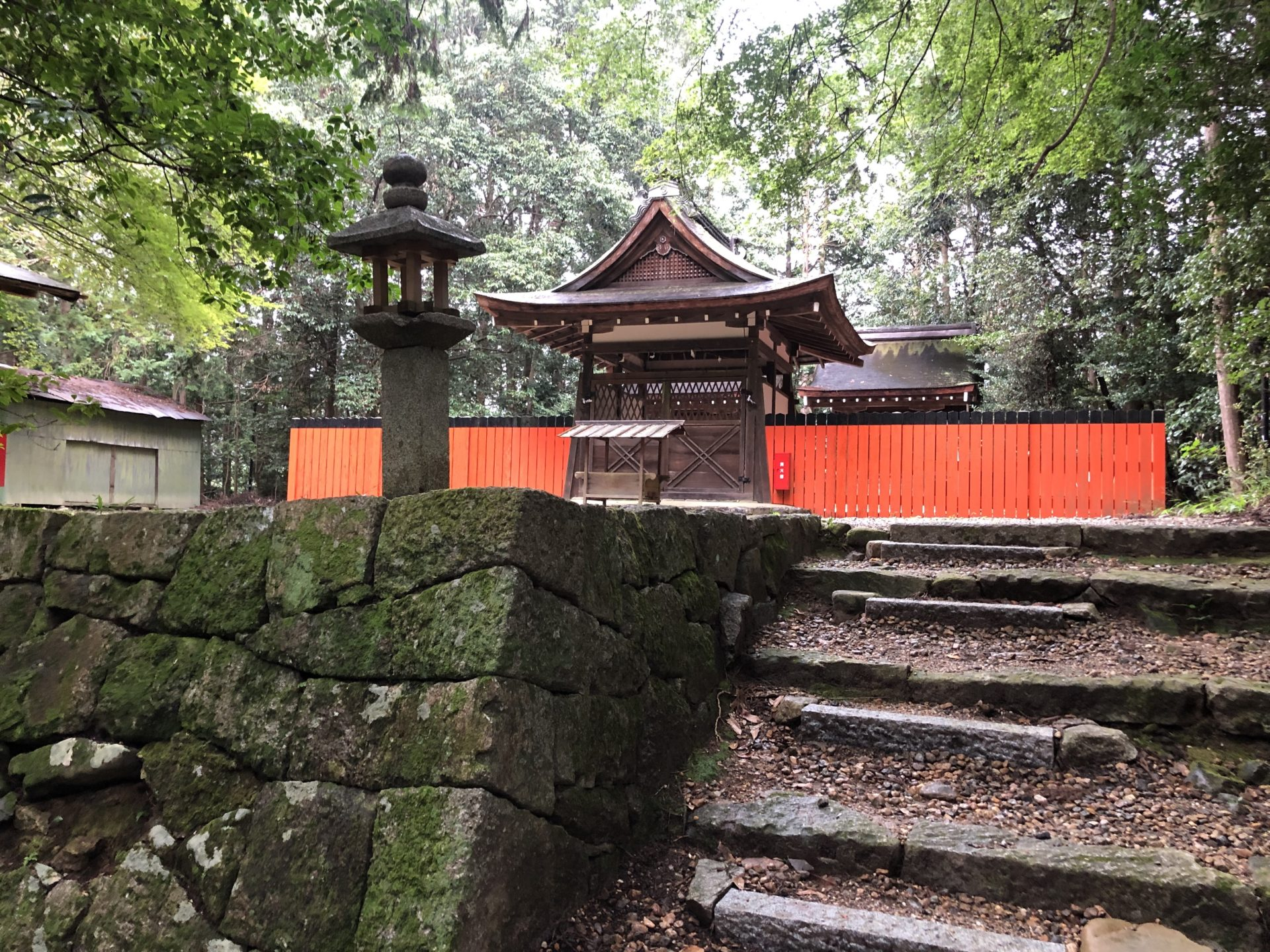 御蔭神社の拝殿